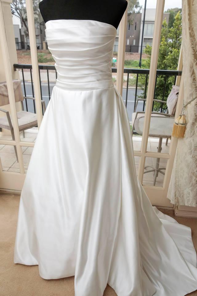 White Rose Wedding Dress 828 : Wedding gown white rose bridal